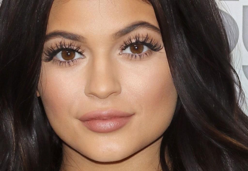 Maquiagem da Kylie Jenner chris castro 2