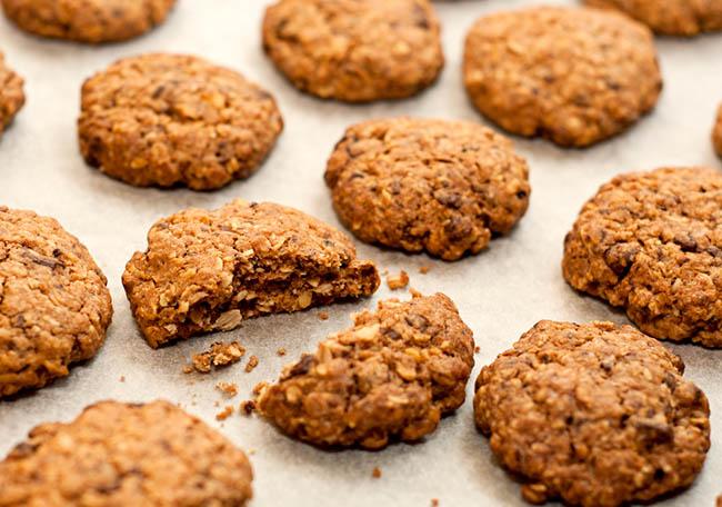 receita-de-cookie-de-banana-com-aveia-chris-castro-4
